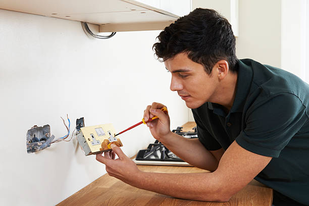 The Things to Consider before Choosing an Electrician
